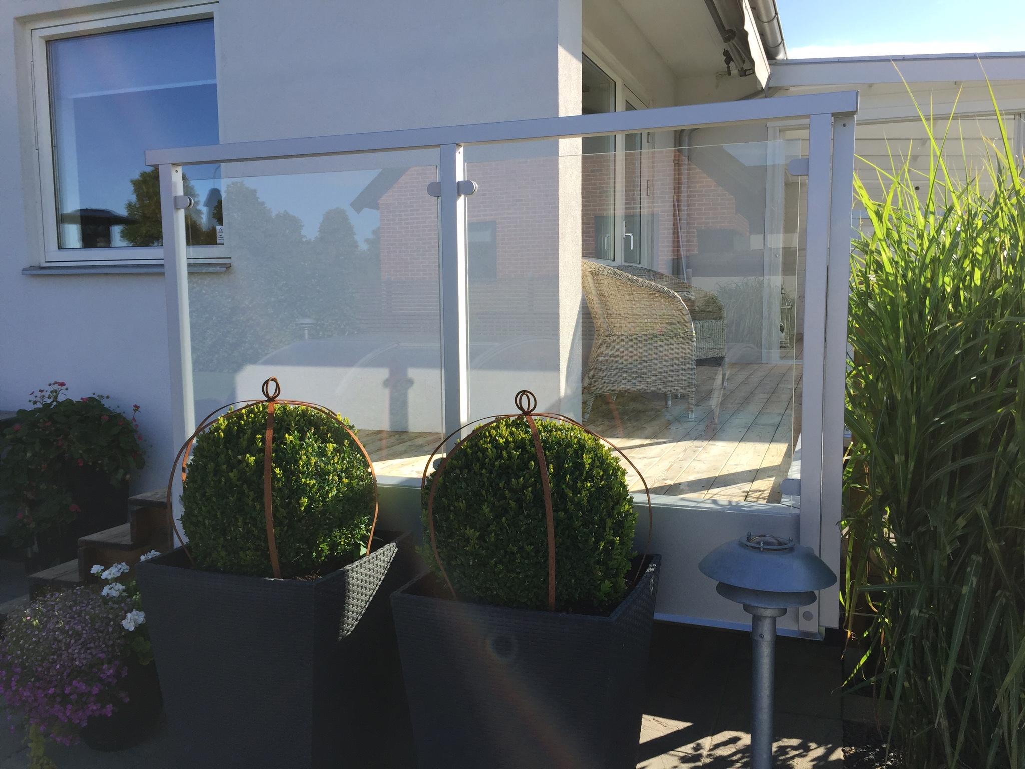 Aluminiumräcke, glasräcke inomhus eller utomhus. ca 1850 kr/m ...