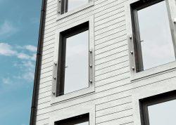 En fransk balkong i glas passar till de flesta hus - gamla som nya!
