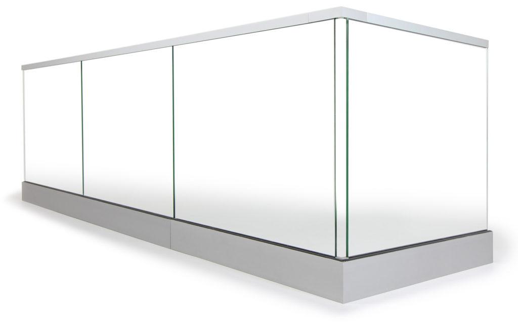 Räcke i glas till altan, balkong eller inomhus.