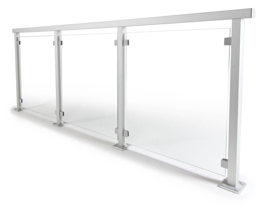 Aluminiumräcke i glas till altan, terrass, balkong, eller inomhus