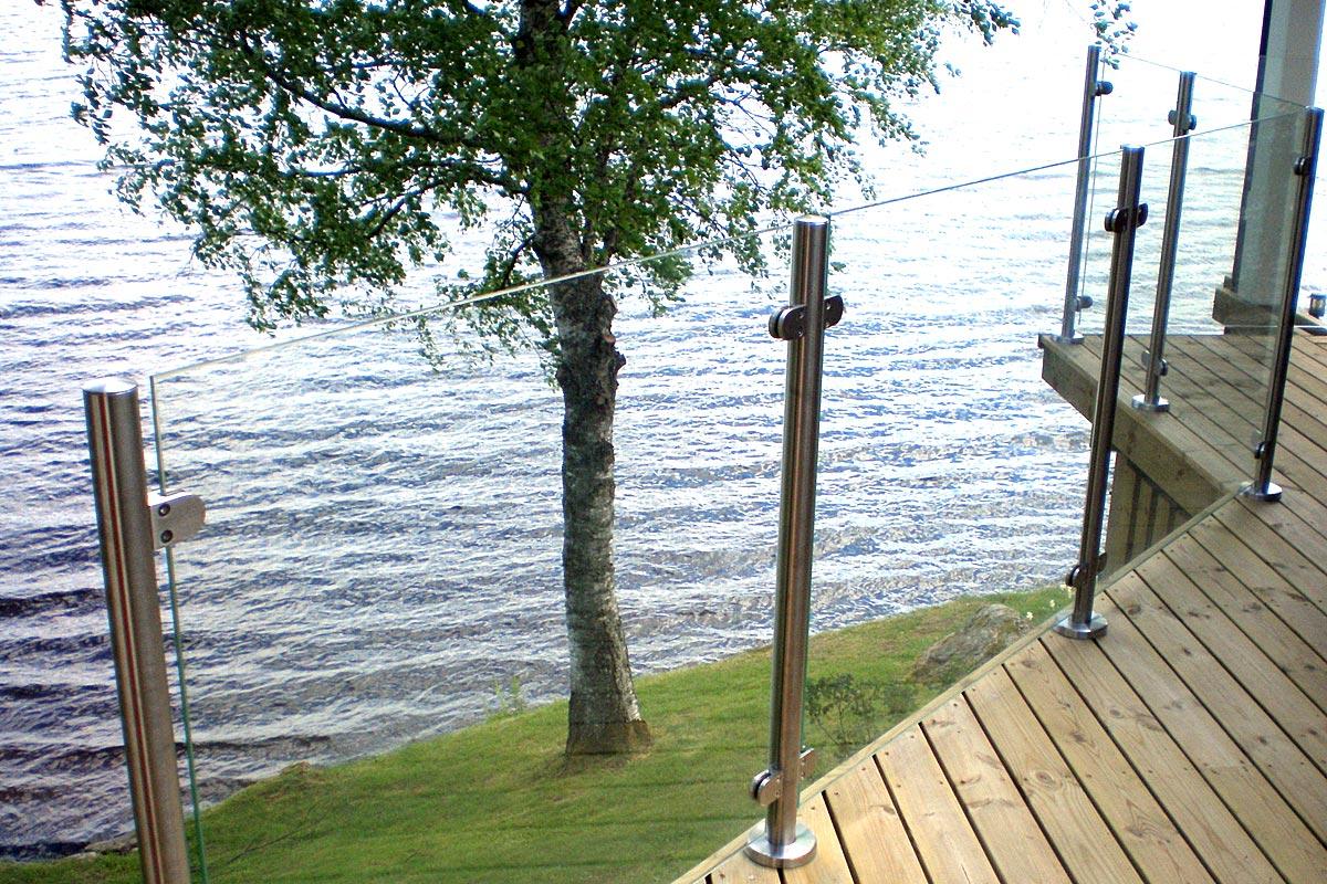 Rostfria räcken, glasräcke i hög kvalitet. Ca 2600 kr/m ... : altanräcken i trä : Inredning